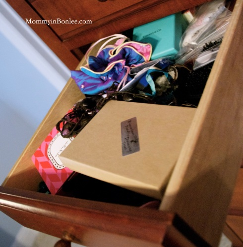 This is my messy drawer full of jewelry...